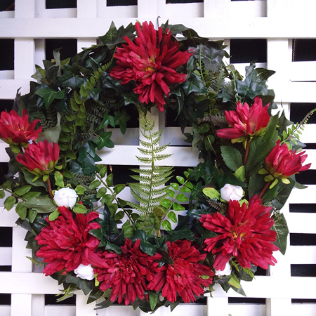 Wreath Red and greenery