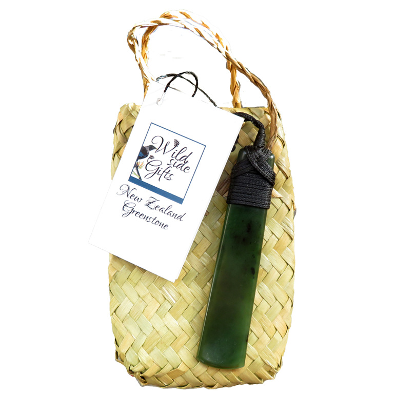 WS02 Large New Zealand Greenstone Toki with kete gift packaging