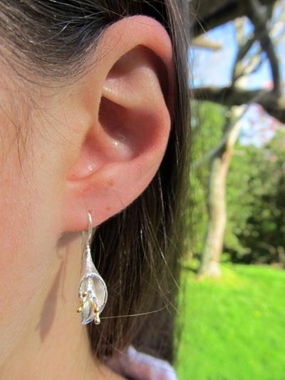 X04 Arum Drop Earrings