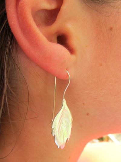 X09 Sterling Silver Leaves drop earrings