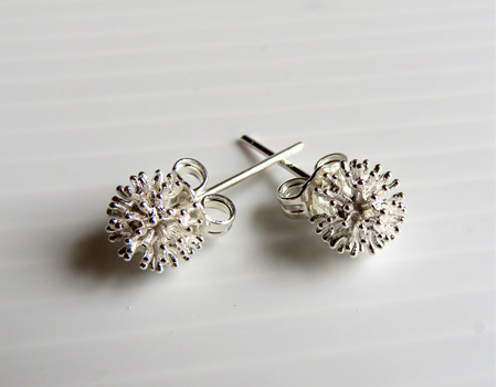 X19 Pohutukawa silver stud earrings